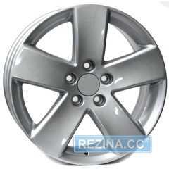 Купить WSP ITALY BONN W458 SILVER R17 W7.5 PCD5x112 ET47 DIA57.1