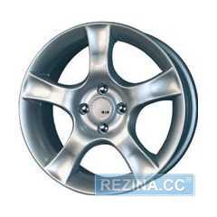 Купить КиК АУРА (серебро) R16 W7 PCD4x114.3 ET38 DIA67.1