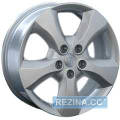 Купить REPLICA Renault AF 8988 Silver R17 W6.5 PCD5x114.3 ET35 DIA66.1