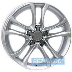 Купить Wheels Factory WAU1 SILVER R16 W7 PCD5x112 ET35 DIA66.6