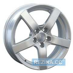 Купить REPLAY VV66 S R14 W5.5 PCD5x100 ET40 DIA57.1