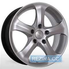 Купить STORM BKR-220 HS R15 W6.5 PCD5x114.3 ET35 DIA67.1