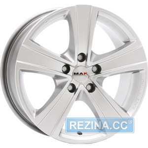 Купить MAK Fuoco Silver R17 W7.5 PCD6x114.3 ET30 HUB66.1