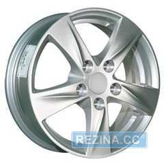 Купить REPLICA HND 58 S R15 W6 PCD5x114.3 ET46 HUB67.1
