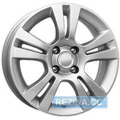 Купить КИК KC445 (15 Corsa) S R15 W6 PCD4x100 ET39 DIA56.6
