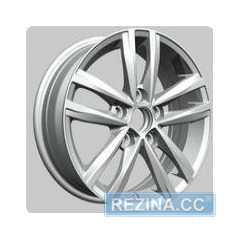 Купить REPLAY VV141 S R15 W6 PCD5x112 ET47 HUB57.1