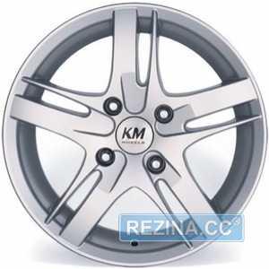Купить KORMETAL KM 807 HB R17 W7 PCD5x100 ET37 HUB67.1
