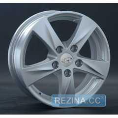 Купить REPLAY HND58 S R15 W6 PCD5x114.3 ET46 HUB67.1