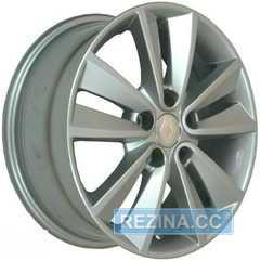 Купить Легковой диск REPLICA Renault RN33 R16 W6.5 PCD5X108 ET45 DIA60.1 (silver)