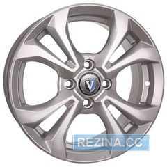 Купить Легковой диск TECHLINE 1504 S R15 W6 PCD4x100 ET46 DIA67.1