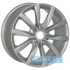 Купить Легковой диск REPLICA SKODA TL0358NW S R17 W7 PCD5x112 ET49 DIA57.1