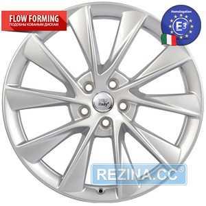 Купить WSP ITALY OXY W1401 SILVER R21 W9 PCD5x120 ET40 DIA64.1