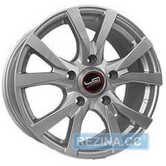 Купить Легковой диск Replica LegeArtis TY236 SF R18 W8 PCD5X150 ET56 DIA110.1