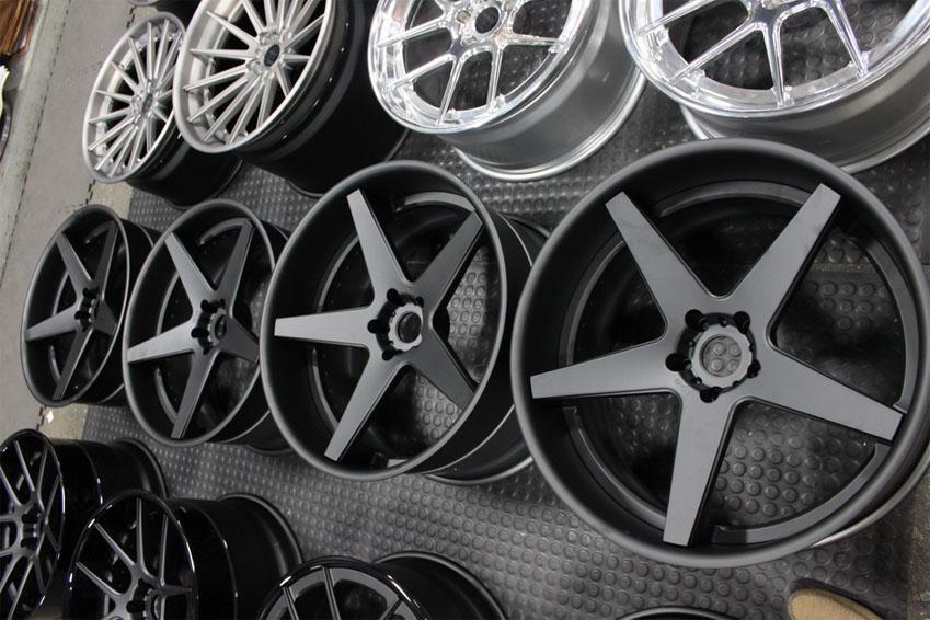 Как отличить сборные легкосплавные колеса от «литья» (литых колес) – rezina.cc