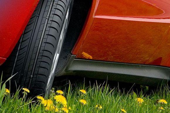 Летние шины, или как выбрать «обувку» для скорости? – rezina.cc